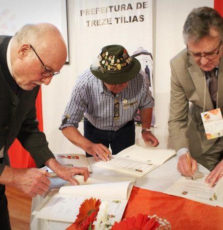 Frutillar firma importante convenio de colaboración con ciudad de Brasil