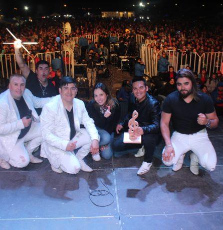 Más de 15 mil personas disfrutaron de la gran cumbre ranchera de Frutillar