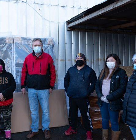 Alcalde entrega equipamiento para familias del Programa Habitabilidad