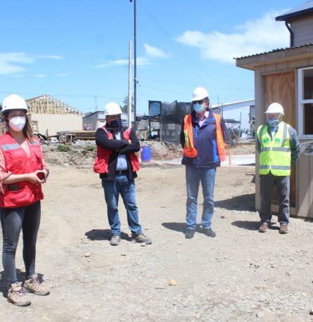 Alcalde de Frutillar inspecciona viviendas que serán entregadas a 354 familias