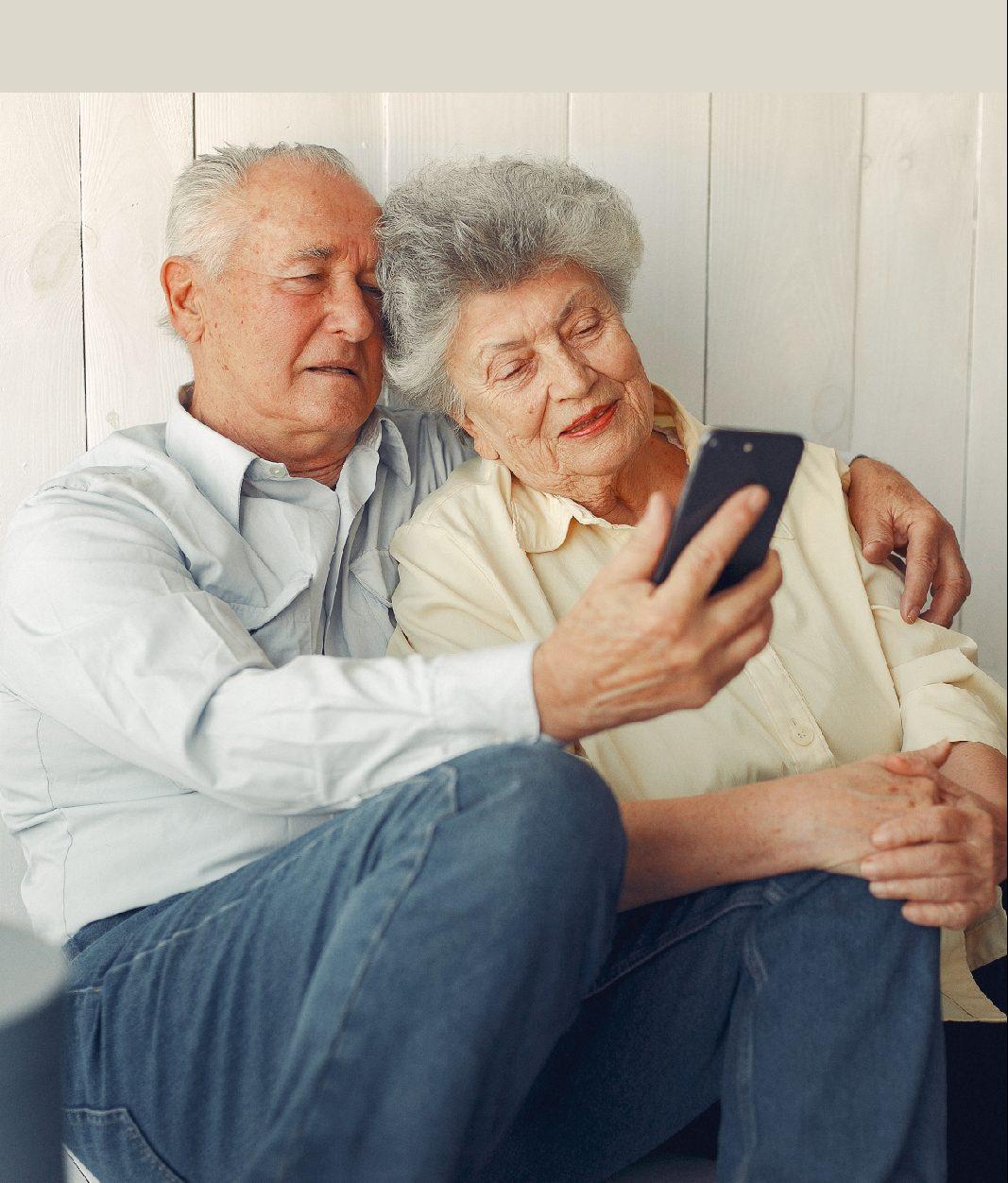 Ciclo de conversatorios para personas mayores